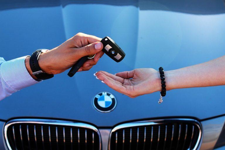 Продать автомобиль в кредит