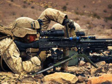 Парень солдат