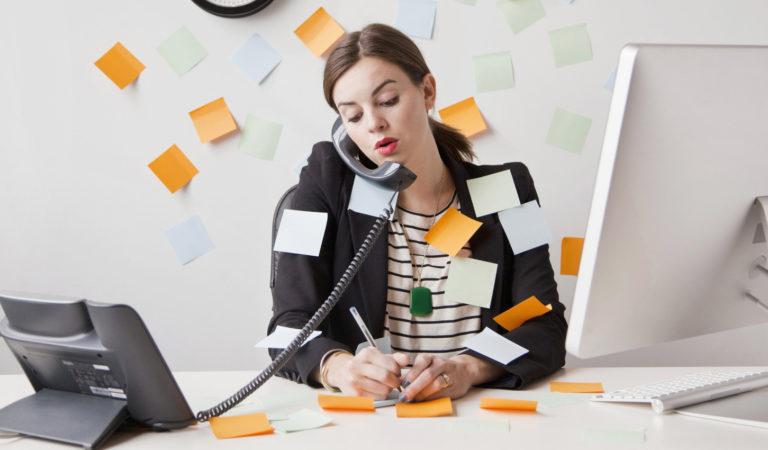 Можно ли устроиться работать официально на две работы?