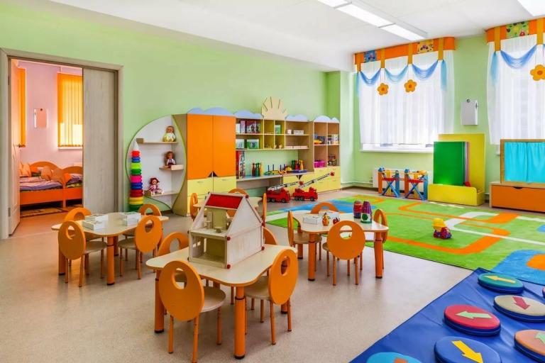 Как записать ребенка в детский сад на портале Госуслуг?