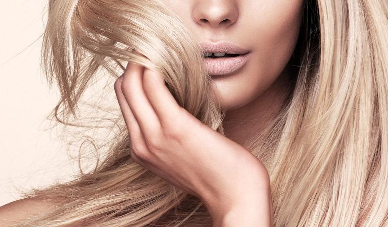 Как ухаживать за светлыми волосами?
