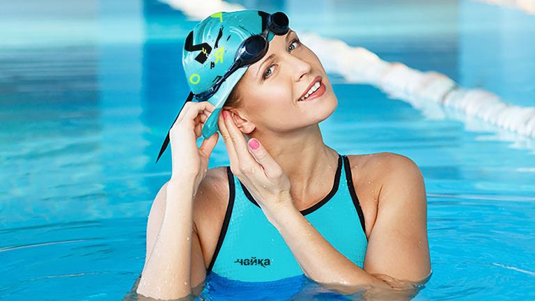 Как надевать шапочку для бассейна?