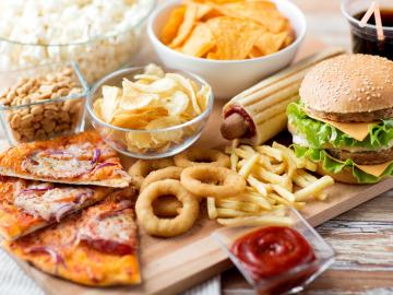 Нездоровая пища может сократить вашу жизнь