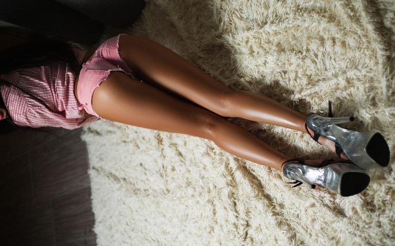 Как удлинить ноги в домашних условиях упражнениями?