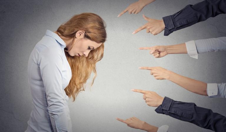 Как низкая самооценка влияет на нашу карьеру?